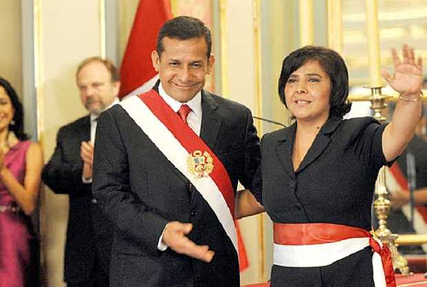 <p> El presidente Ollanta Humala junto a la Ministra Ana Jara Vel&aacute;squez</p> ,
