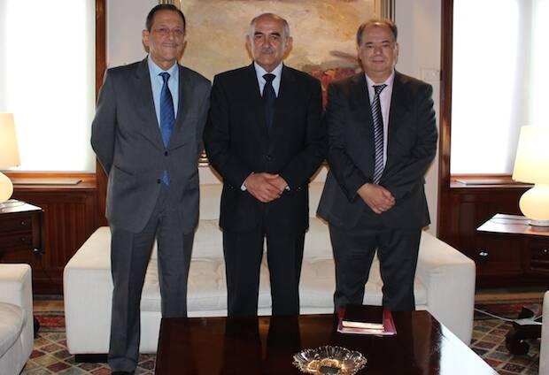 Alberto Garre en el centro, Jesús Manuel García (izquierda) y Ángel Zapata (derecha).,CEMU