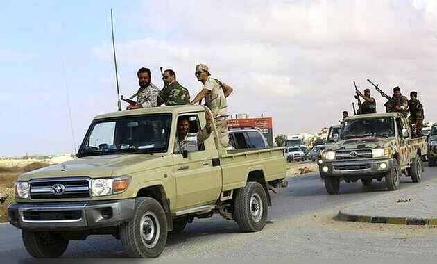 Yihadistas islámicos afines a ISIS en Derna / Reuters,Estado Islámico Derna