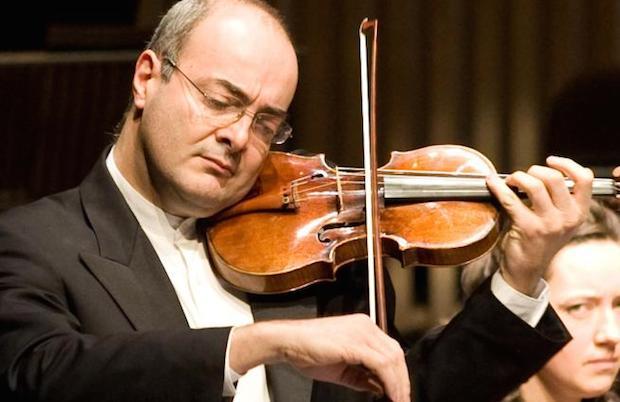 El violinista Gordan Nikolic.,