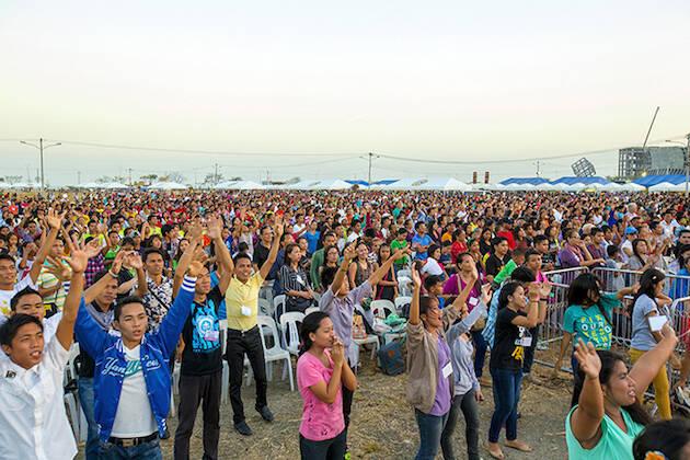Miles de personas participaron en el Festival de la Vida en Filipinas. / BGEA,
