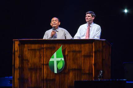 Will Graham, predicando en Cebú en el Festival de la Vida. / BGEA