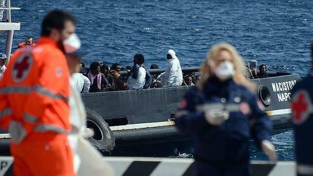 Inmigrantes llegando a Italia. / ABC,
