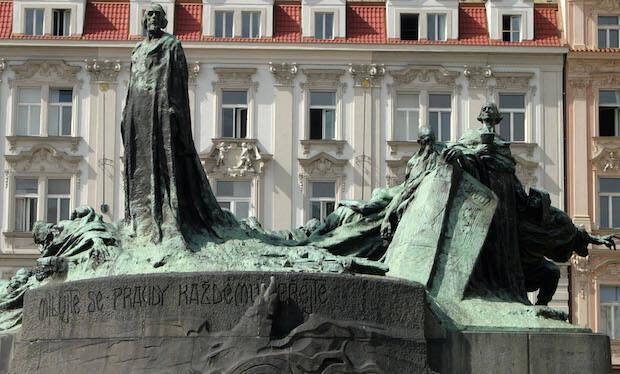 Estatua de Jan Hus, en Praga. / Wikipedia,