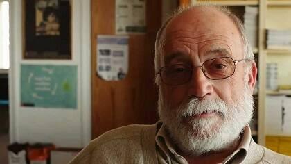 Arcadi Oliveres es uno de los rostros del movimiento pacifista en Cataluña. Foto: Youtube