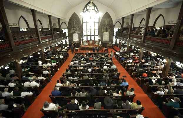El culto de este domingo en la Iglesia Metodista Africana y Episcopaliana Emanuel,Charleston, Iglesia Emanuel