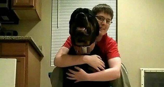 Danielle y su perro Samson,,