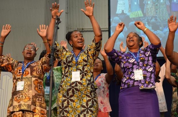 Mujeres en la Asamblea del Congreso Mundial Menonita. / Monica Figueroa, MWC,