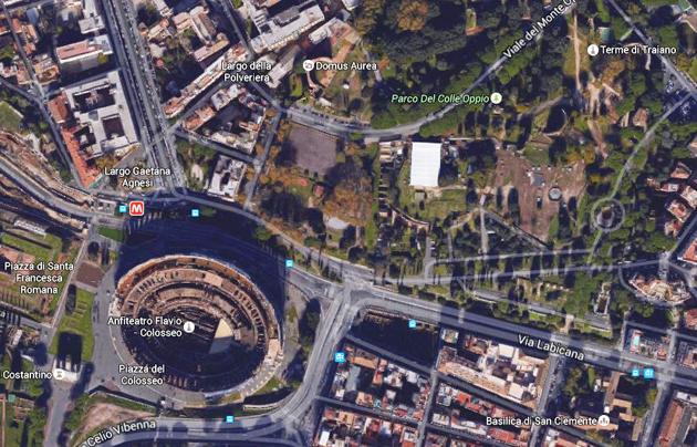 Vista aérea del parque Del Colle Oppio, donde se situará la plaza Martín Lutero. / Google Earth.,colle opio, google earth