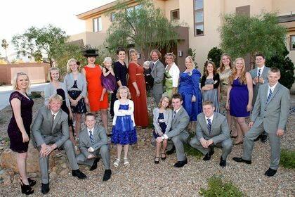 La familia Brown y sus 17 hijos. / TLC