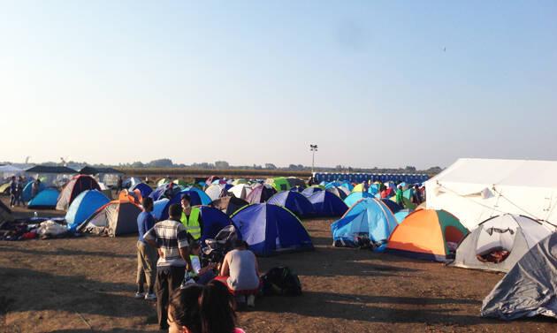 El campo de refugiados en Rozske, antes de ser desmantelado la pasada semana. / K. Eckhart,refugiados hungria