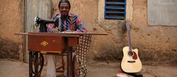 Victor Démé. Foto: cedida,Victor Démé música Burkina Faso cultura África