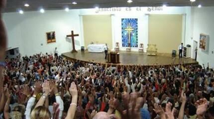 En Argentina, los evangélicos crecen a ritmo de una nueva iglesia al día.