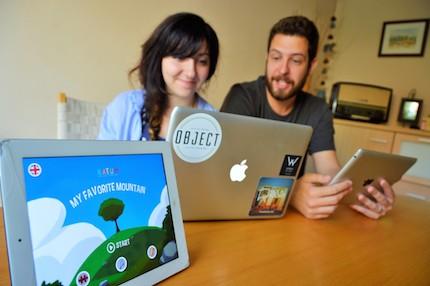 Las apps apuntan a un público infantil con historias bíblicas. / Jordi Torrents