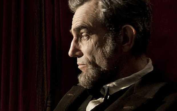 <p> El actor Daniel Day-Lewis,&nbsp;encarnando a Lincoln en la pel&iacute;cula de Spielberg</p> ,