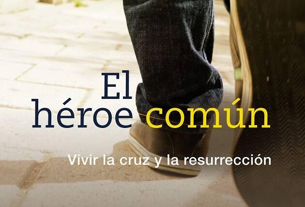 Detalle de la portada del libro.,chester, héroe común, libro, andamio
