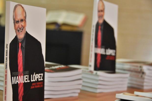 'Primer Plano, Manuel López'. Jordi Torrents, Ed. Juan Triviño (Noufront).,