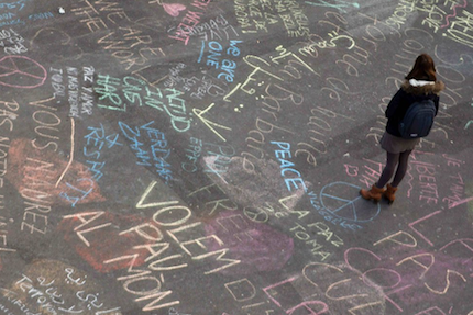 Mensajes de paz en las calles de Bruselas.