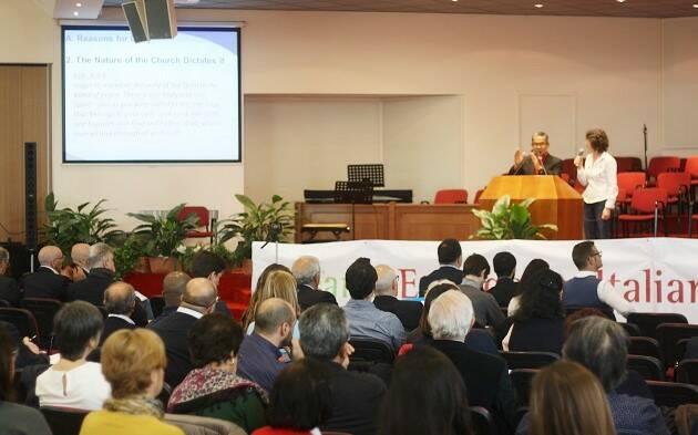 Efraim Tendero, secretario general de la Alianza Evangélica Mundial, durante la asamblea de la Alianza Evangélica Italiana. / J. Forster,efraim tendero, italy