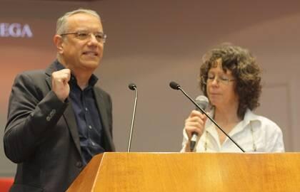 Jaume Llenas, explicando la visión evangélica española en Roma. / J. Forster