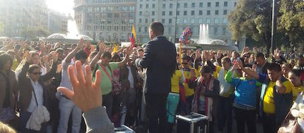 Cientos de fieles de diversas procedencias participaron. / MF