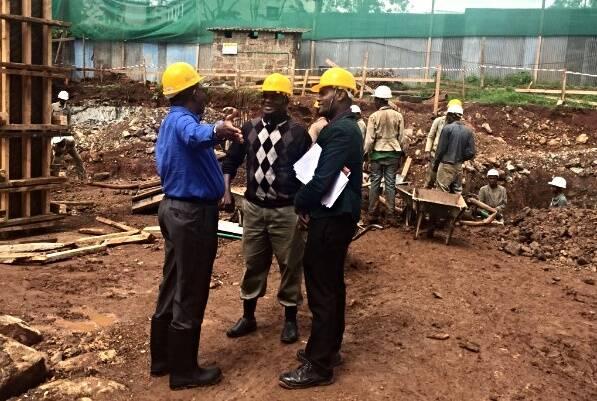 Los operarios ya trabajan en la construcción del complejo. / AEA,evangelicos africa kenia