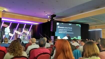 El proyecto de Evangelical Focus se presentó durante la plenaria del domingo. / JF