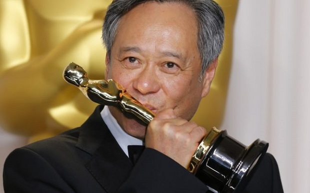 <p> Ang Lee, ganador al Oscar como mejor director por <em>La vida de Pi.</em> /Reuters</p> ,
