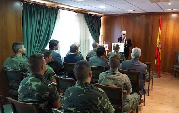 El presidente del Consejo Evangélico Provincial, Ángel Bea, dirige unas palabras a los soldados en la nueva capilla. / CEPC,angel bea fuerzas armadas