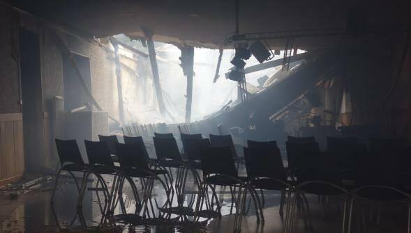 El lugar de reunión de la iglesia Asambleas de Dios en Calais, tras el incendio. / La Voix du Nord,