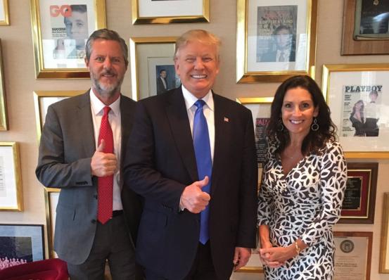 Jerry Falwell Jr, líder evangélico, junto a Donald J. Trump.,evangelicos donald trump jerry falwell jr