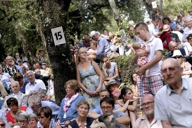 Unas 8.000 personas se reunieron en el evento de este año. / Midi Libre,francia hugonotes mialet
