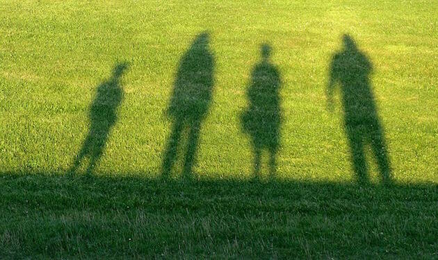 La terapia de constelaciones familiares se ha llevado adelante en el entorno de algunas comunidades evangélicas en España.,familia