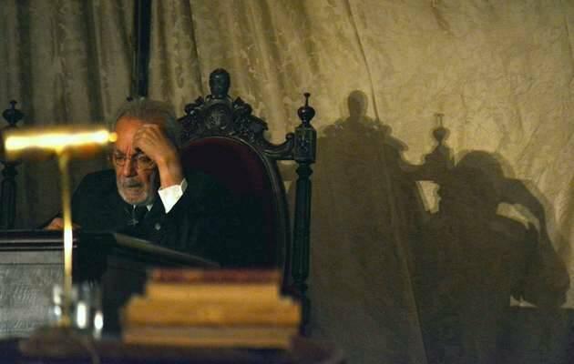 José Luis Gómez, en el papel de Unamuno aquel 12 de octubre de 1936 en el Paraninfo salmantino / LCdS,Miguel Unamuno, Salamanca