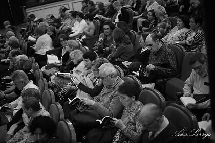 Público asistente a la presentación de la Antología.