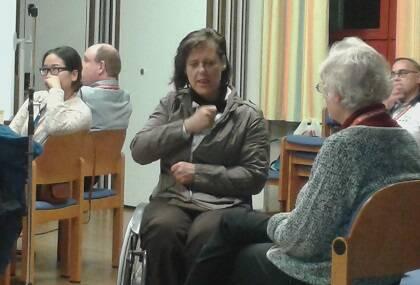 Lenguaje de signos durante el encuentro.