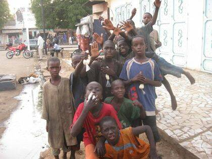 Niños talibé en Dakar.