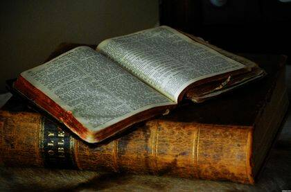 Los reformadores trataron de devolver la autoridad central a la Bibla.