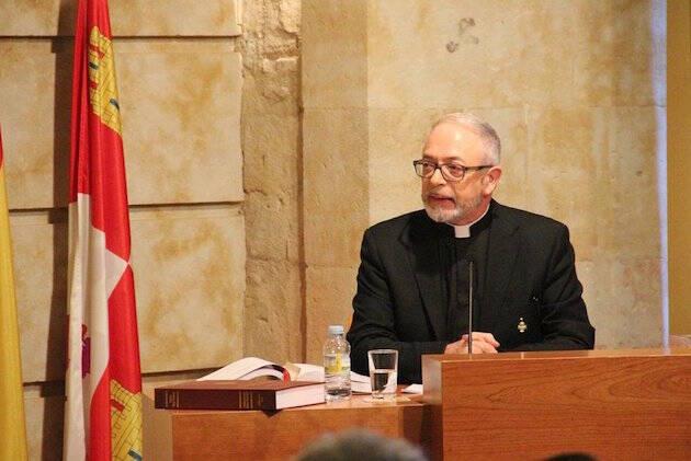 Constantino Bada defiende su tesis, en Salamanca. / Salamanca24horas,