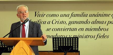 José Hutter. / M. Acuña