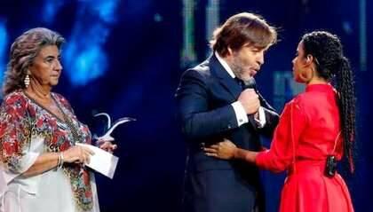 Danay recoge su Gaviota de Plata fuera de concurso