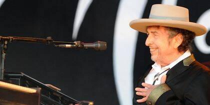Bob Dylan cuando recibió el Nobel.