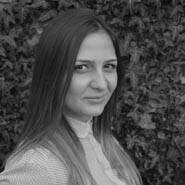 Ioana Humelnicu.