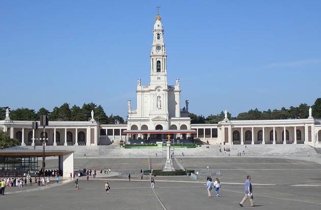 Explanada del santuario de Fátima, en Portugal.,fatima portugal