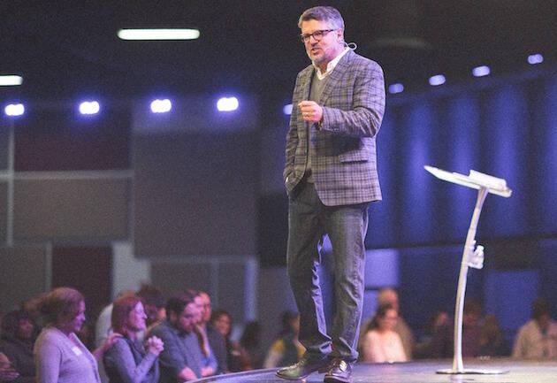 Gary Wilkerson, predicando en su iglesia en Colorado Springs, EEUU. / FB Pastor Gary Wilkerson,gary wilkerson