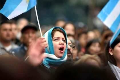 Ante en el Obelisco en la jornada 'Argentina Ora' / Foto: Dyn, Tony Gómez