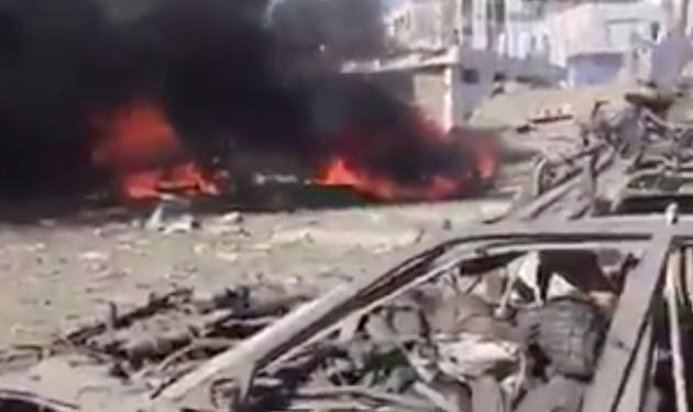 El atentado en Kabul causó una gran destrucción y decenas de víctimas. / Al Jazeera,