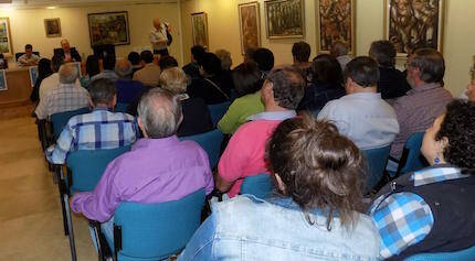 Acto de presentación del libro, en el Museo Torres de Marín.
