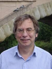 El autor, Colin Duriez.