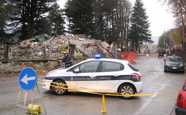 Los terremotos recientes en Italia han dejado zonas con daños graves.,